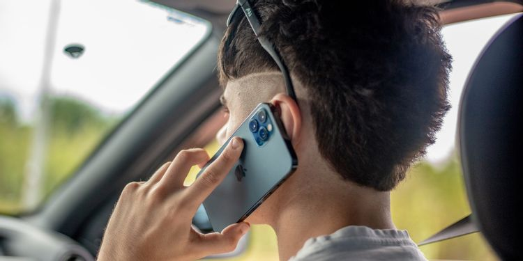 Mungkinkah Iphone 13 Bisa Melakukan Panggilan Lewat Satelit